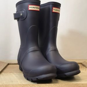 Hunter Original Short Waterproof Boot Aubergine